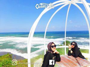 Pemandangan Pantai di Karang Potong